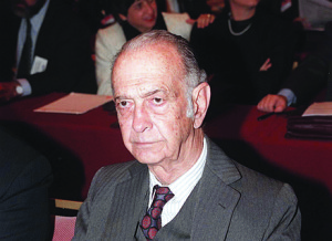 DYN04 - BUENOS AIRES, 23/06/98- JOSE ALFREDO MARTINEZ  DE HOZ, EX  MINISTRO DE ECONOMIA, PRESENTE EN LAS NOVENAS JORNAS BANCARIAS DE LA REPUBLICA ARGENTINA. FOTO: RICARDO ABAD/DYN