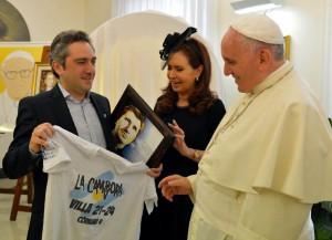 Cristina, Cuervo y Papa