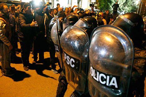 Represión Santa Cruz